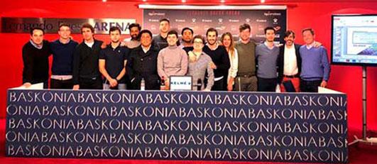 Alumnos de LaLiga Business School en la sede del grupo Alavés Baskonia, Vitoria-Gasteiz (España)