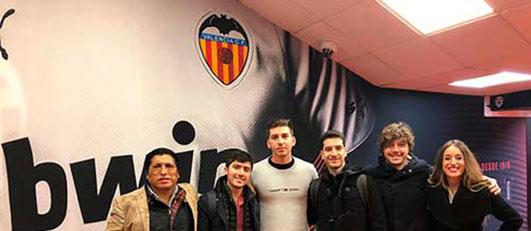 Alumnos de LaLiga Business School en el Estadio de Mestalla, Valencia (España)